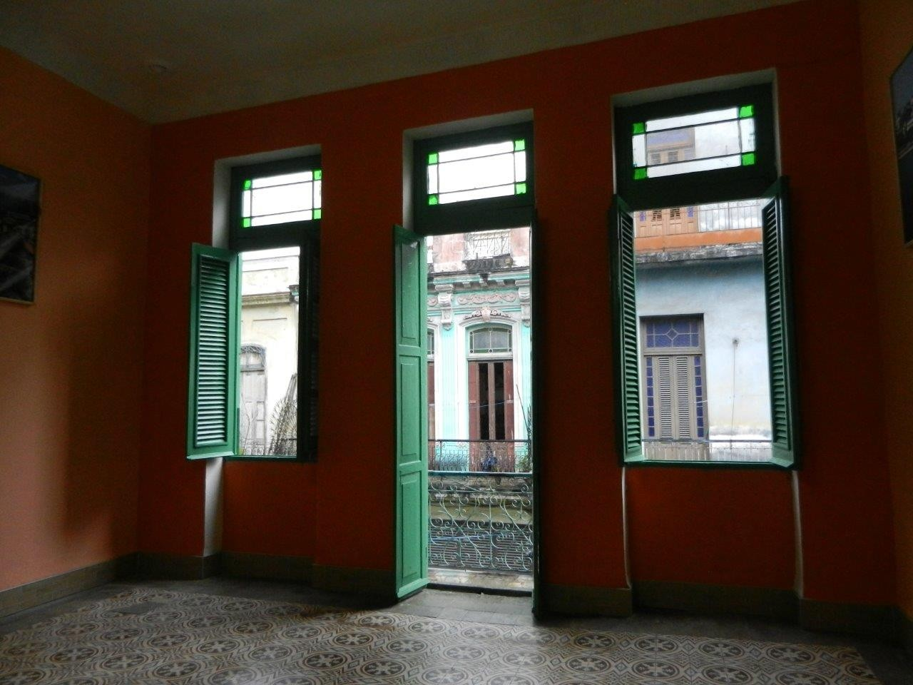 Main dance room with view to balcony