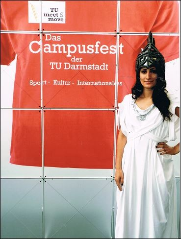 Logohut Uni Darmstadt mit Kostüm