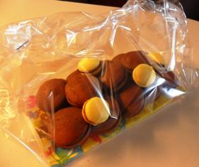 "Idée cadeau: ""Whoopies et Macarons Maison""..."