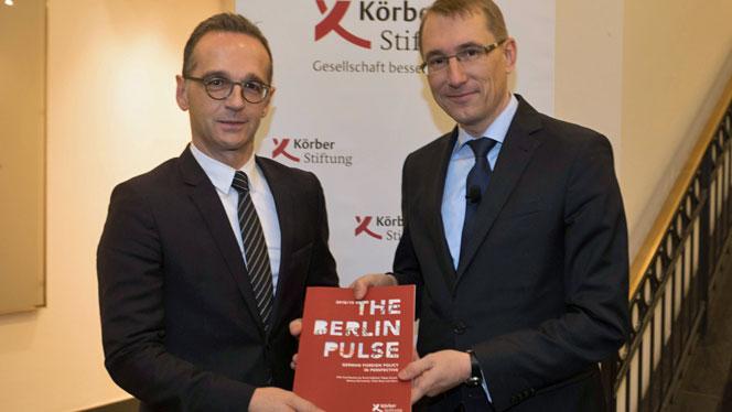Außenminister Heiko Maas, Thomas Paulsen, Vorstand Körber-Stiftung (v.l.) (Foto: Marc Darchinger)