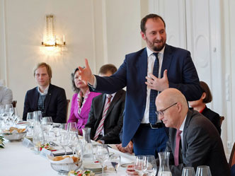 Christophe Arend, Peter Tschentscher (v.l.)