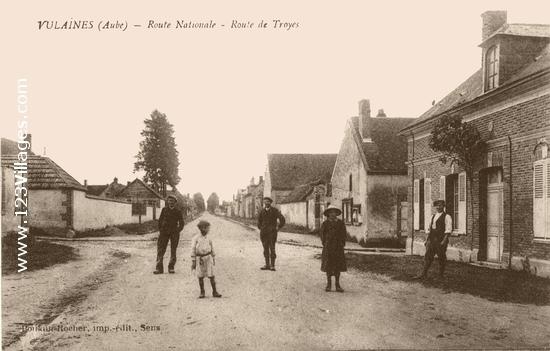 RD 660 en venant de Sens angle de la Rue du Montier et Rue de l'Eglise
