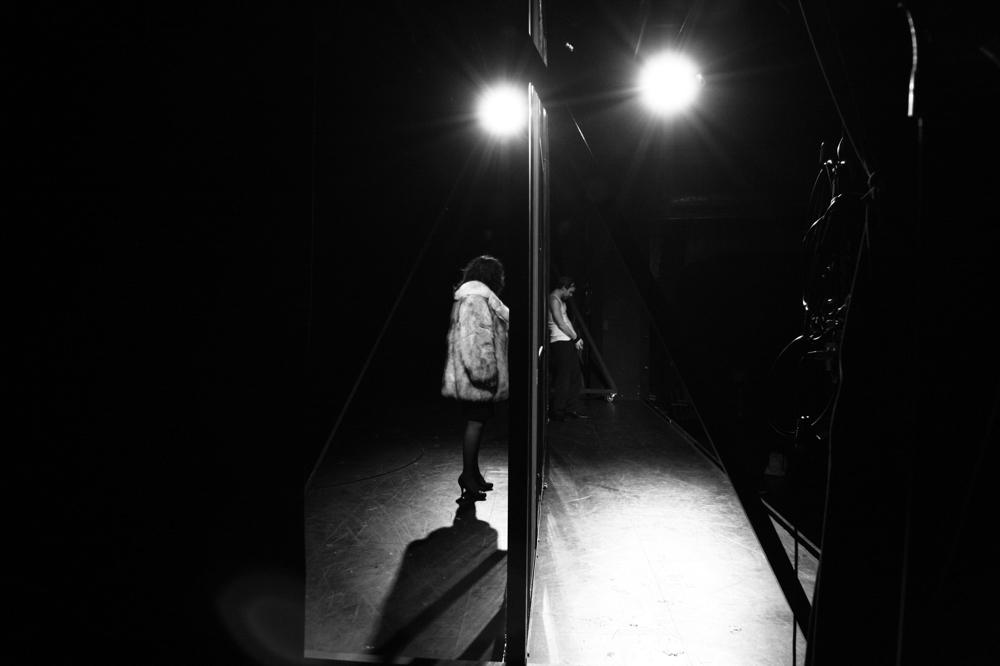 Szenenbild aus Johnny Breitwieser, Schauspielhaus Wien 2014 (c) Ivan Bazar