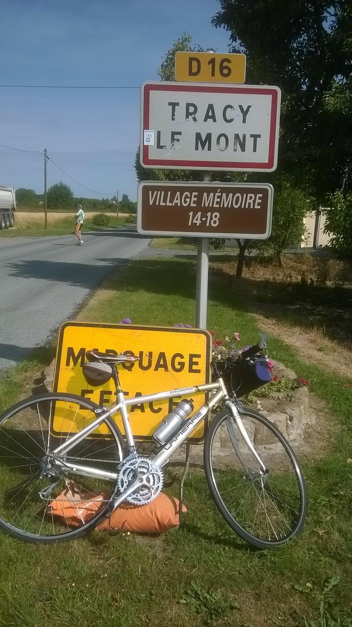 Tracy le Mont <<l'Hopital>>