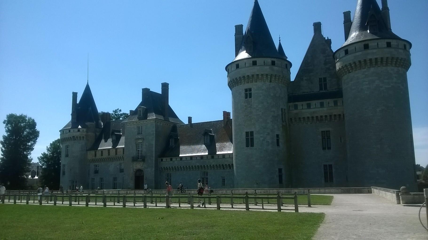 La château de Sully sur Loire