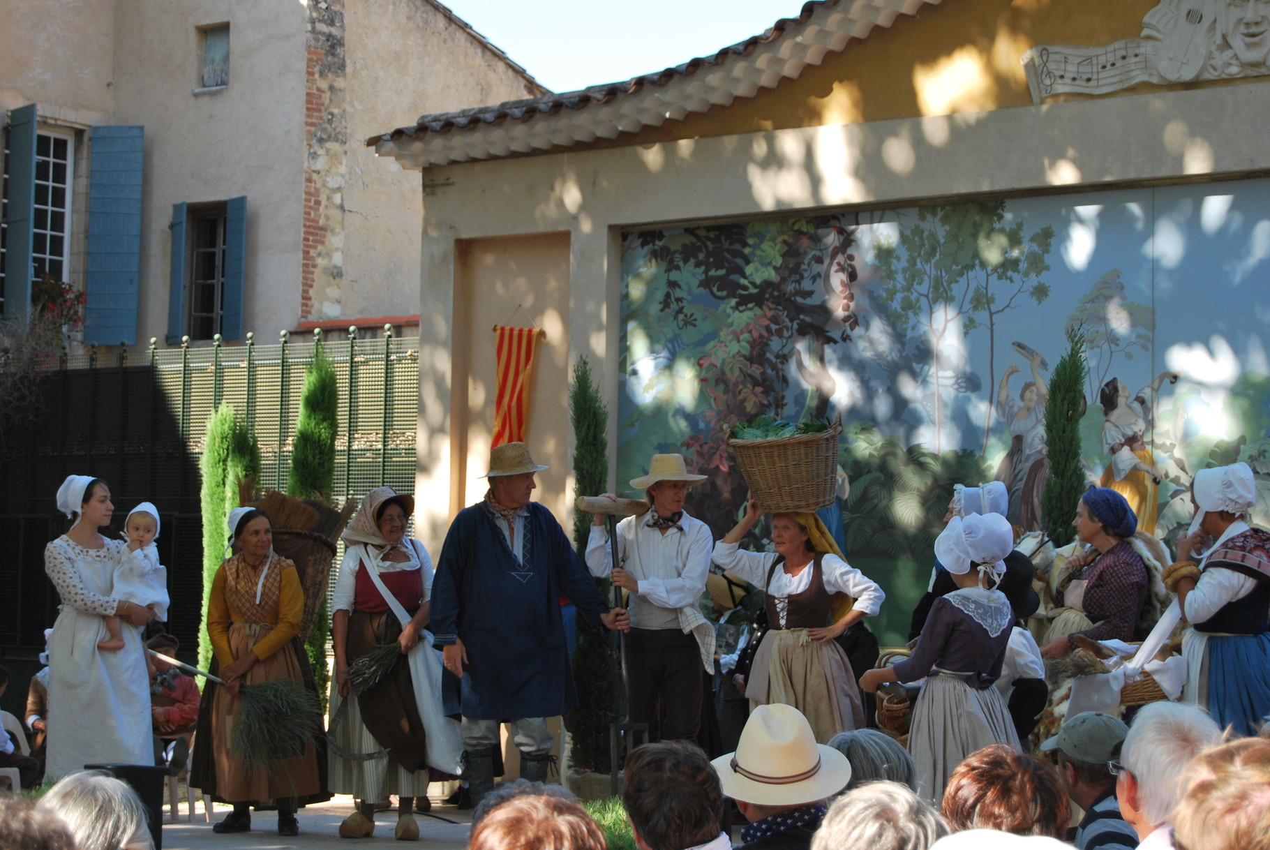 En costumes de Provence