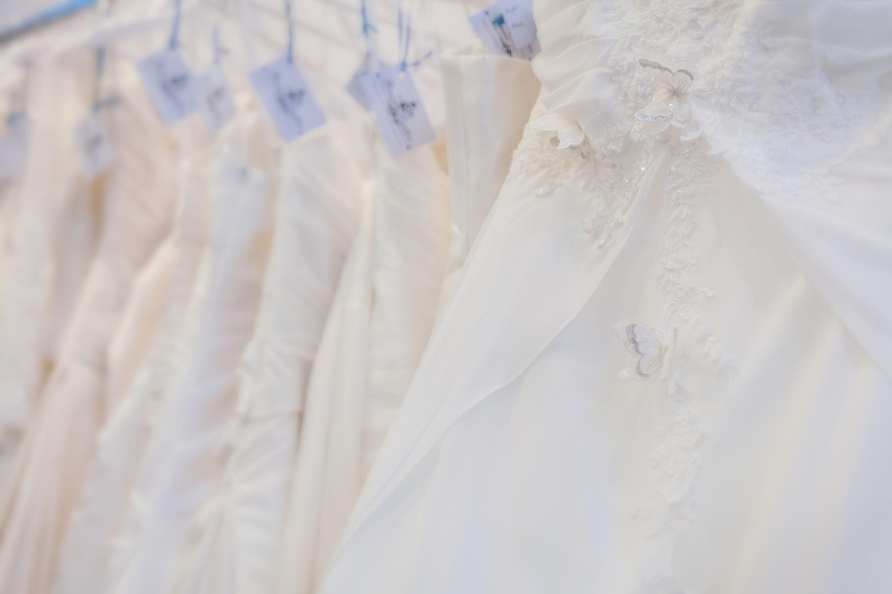 Von schlicht bis verspielt- wir haben für jede Braut das richtige Kleid!