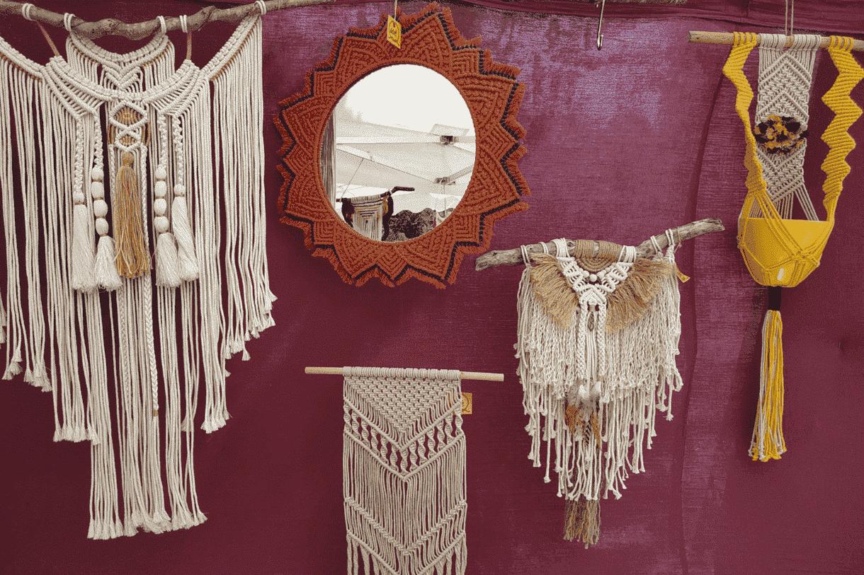 Miroirs et macramé bohème