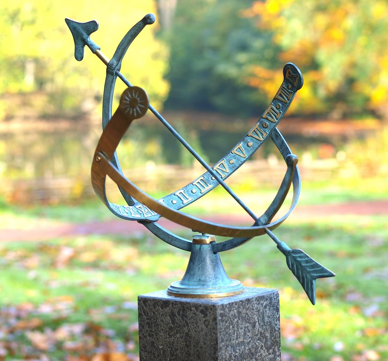 CHRONOS,, Bronzesonnenuhr, Bronzefigur