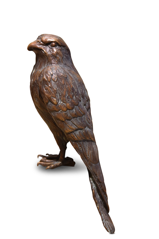Bronzefigur Vogel TURMFALKE