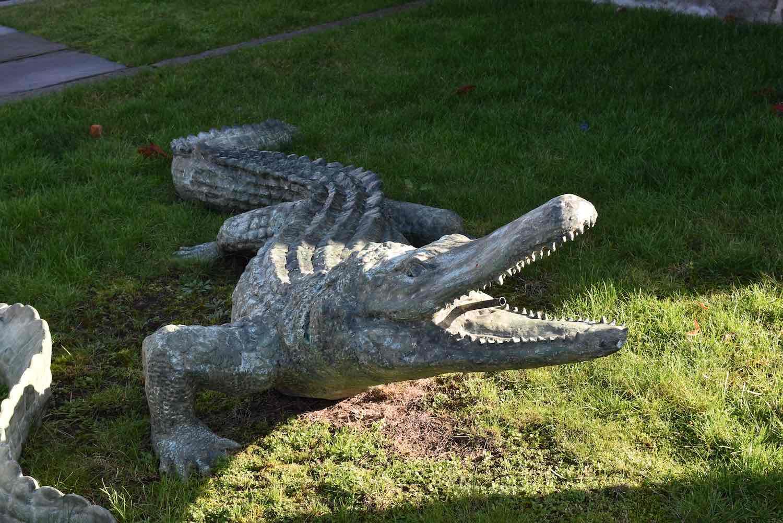 Bronzewasserspeier Krokodil JACK, ca. 285 cm lang