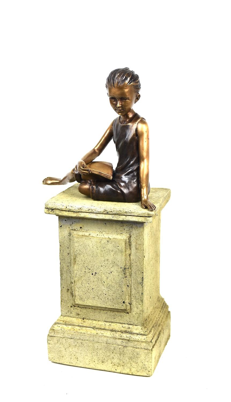 Bronzefigur SASKIA, 14 cm, auf Podest MINIPODEST