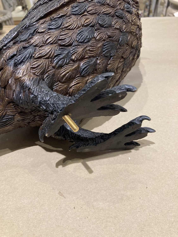 Bronzefigur NOCTUS, Gewindstift zur Befestigung