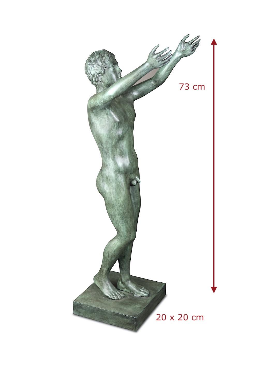 Bronzefigur BETENDER KNABE, kleine Version 73 cm