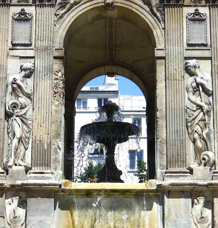 Fontaine des Innocents, Paris