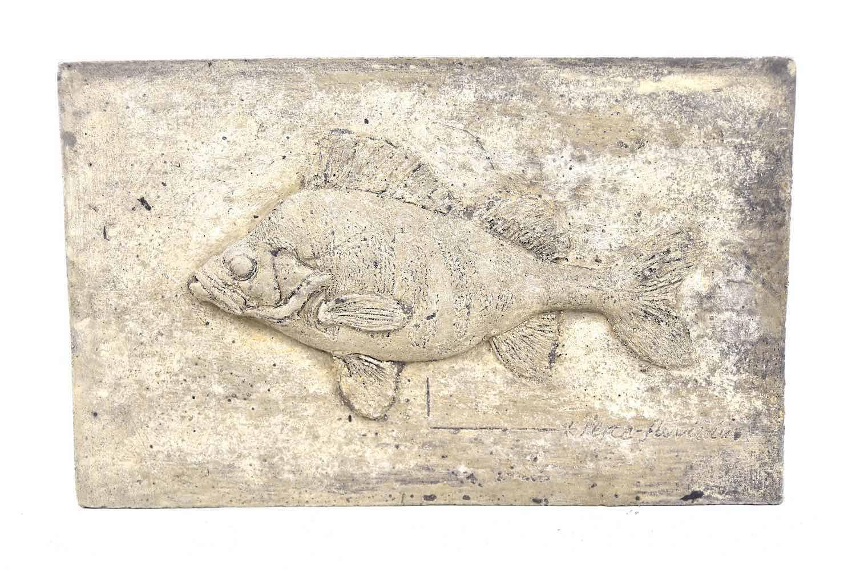 Steinrelief Fisch BARSCH, 32 cm