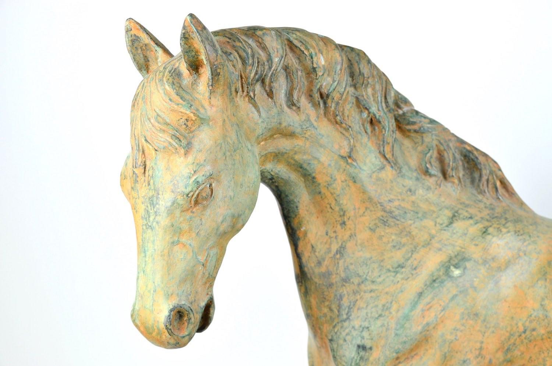 Bronzefigur Pferd CADENZA, sandgrün patiniert