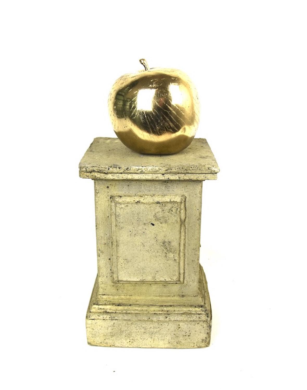 Steinpodest MINIPODEST, 19 cm, mit Bronzefigur APFEL