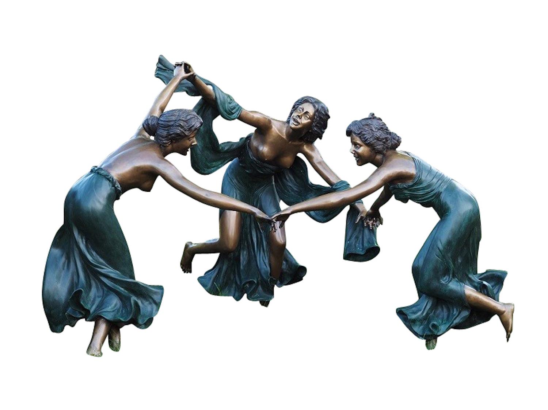 Bronzefigur DREI TANZENDE NYMPHEN, 125x160x165 cm