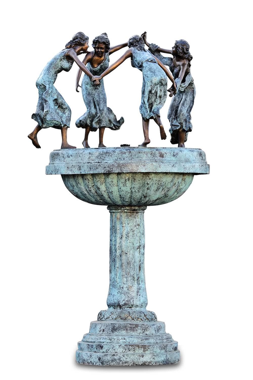 Bronzebrunnen 4-WASSERNYMPHEN