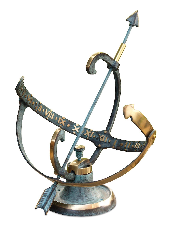 KEPLER, Bronzesonnenuhr, Bronzefigur