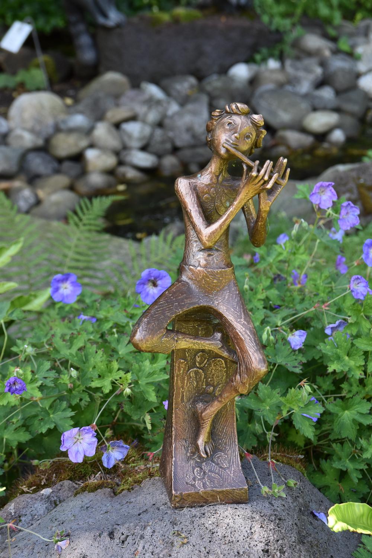 Bronzefigur GREGOR, Gartenbronze 40 cm