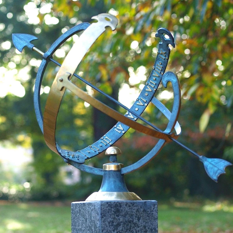 KOPERNIKUS, Bronzesonnenuhr, Bronzefigur
