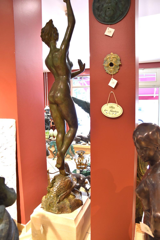 Bronzewasserspeier AURORA, grün patiniert