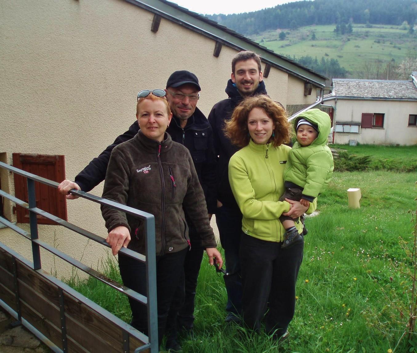 Chantal, Pascal, Maxime, Cindy et le petit Ruben.