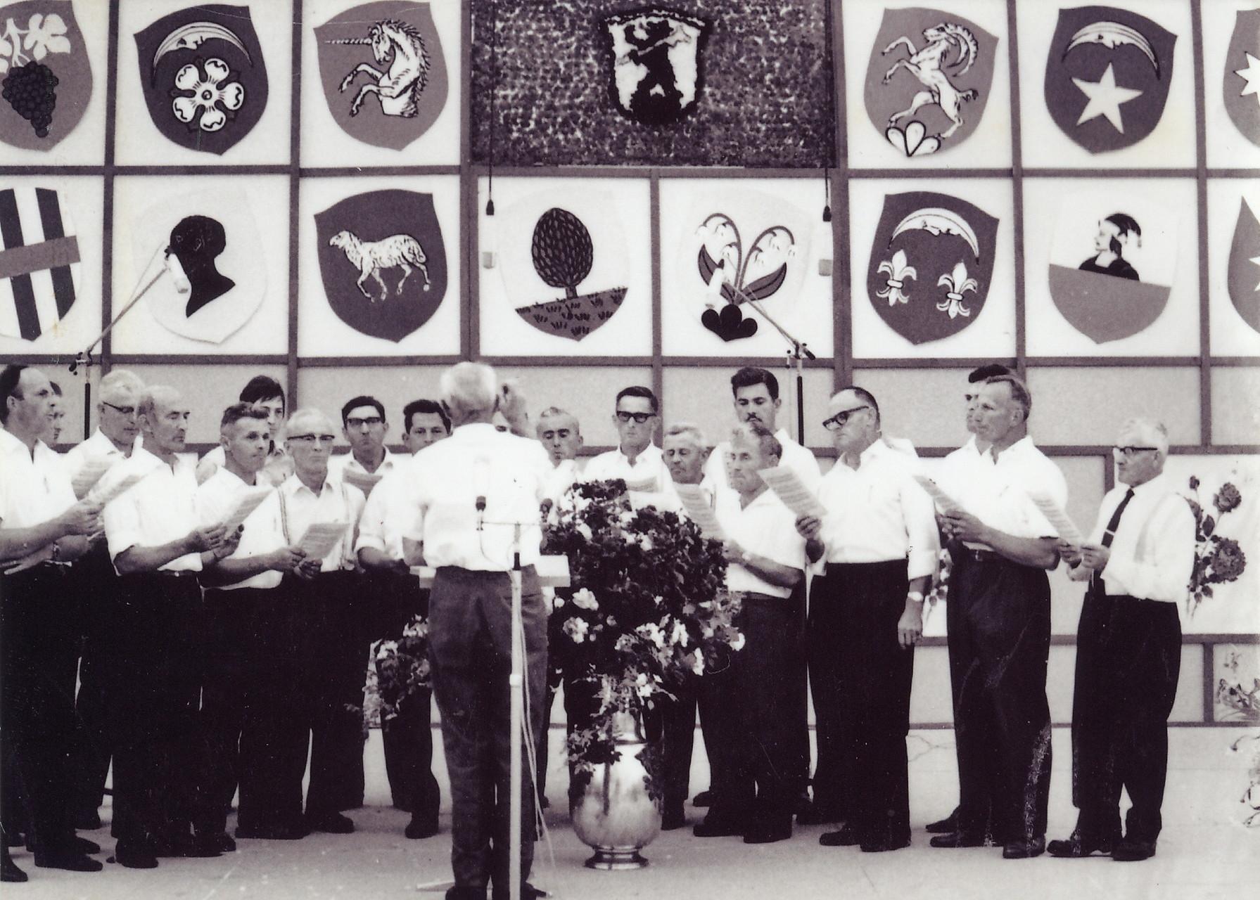 Männerchor Boppelsen::Dirigent:Ruedi Mäder::30.6.1968