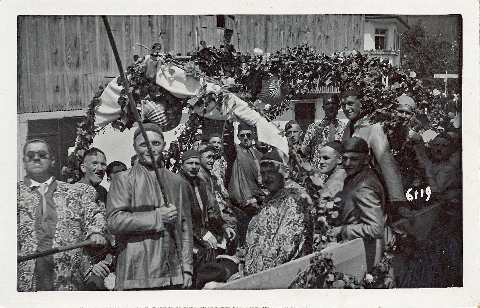 Chinesische Dschunke::«Chinesenmarsch» als Hit::1938