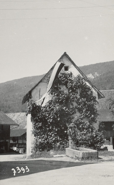 1945::Speicher beim Dorfplatz::später Milchhüsli und jetzt Gwunderwärch