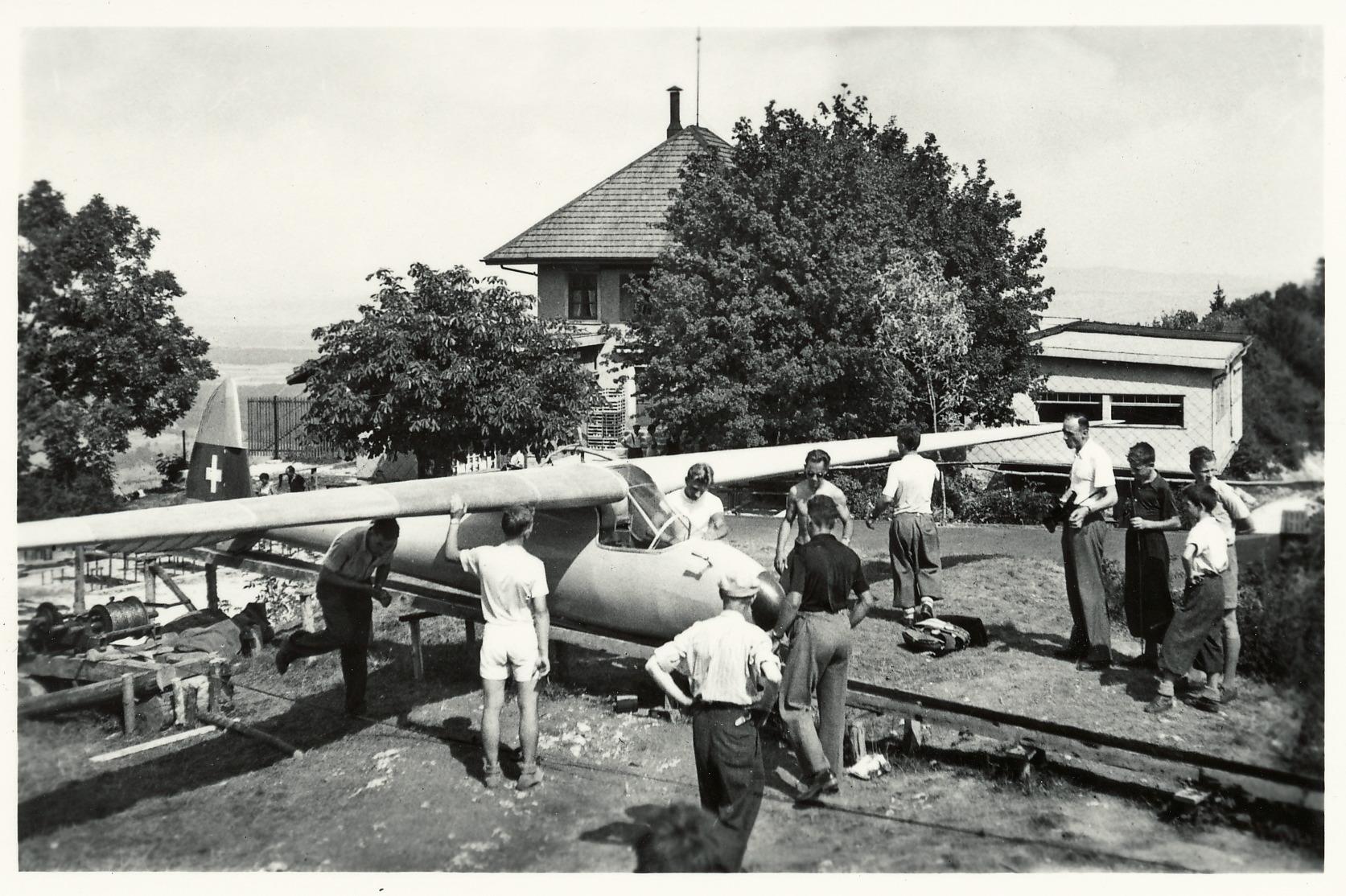 Segelflugkatapult bis ca. 1947 auf Lägern Hochwacht::Foto H. Schmidli, Baden