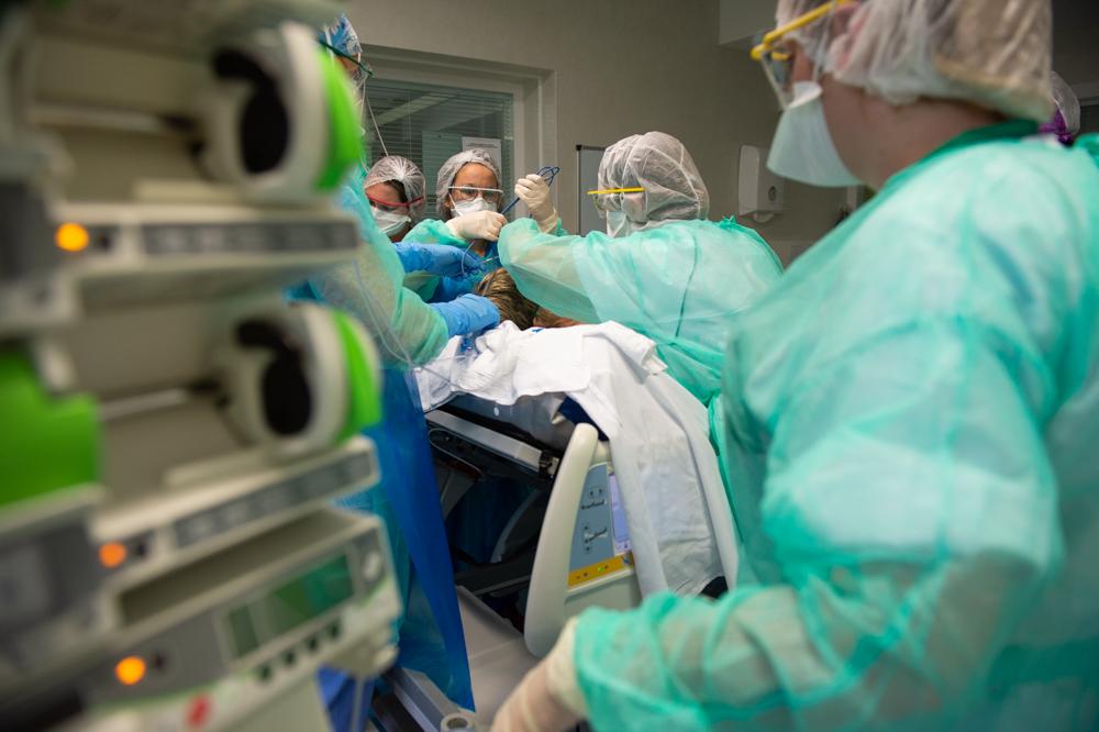 Accueil des patients Covid au sein du service réanimation du CHD Vendée - Resuscitation service for Covid patients
