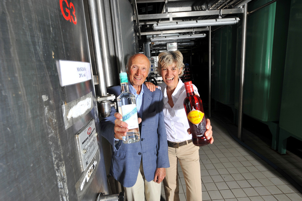 Jacques et Edith Giffard - Creators of the popular alcohol « Menthe Pastille » / L'Express (2009)