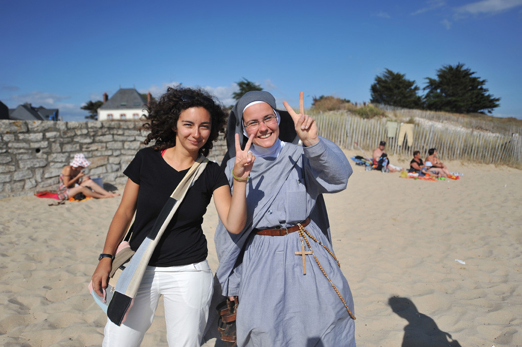 Holy Beach, évangélisation sur la plage - Evangelism on the beach / Pèlerin (2010)