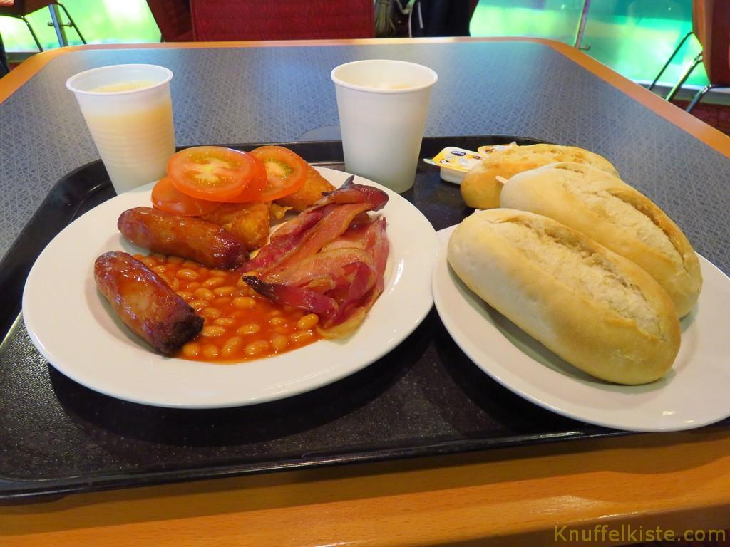 erst mal ordentlich frühstücken!