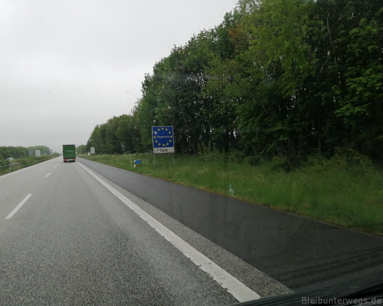 auf der Autobahn Richtung...