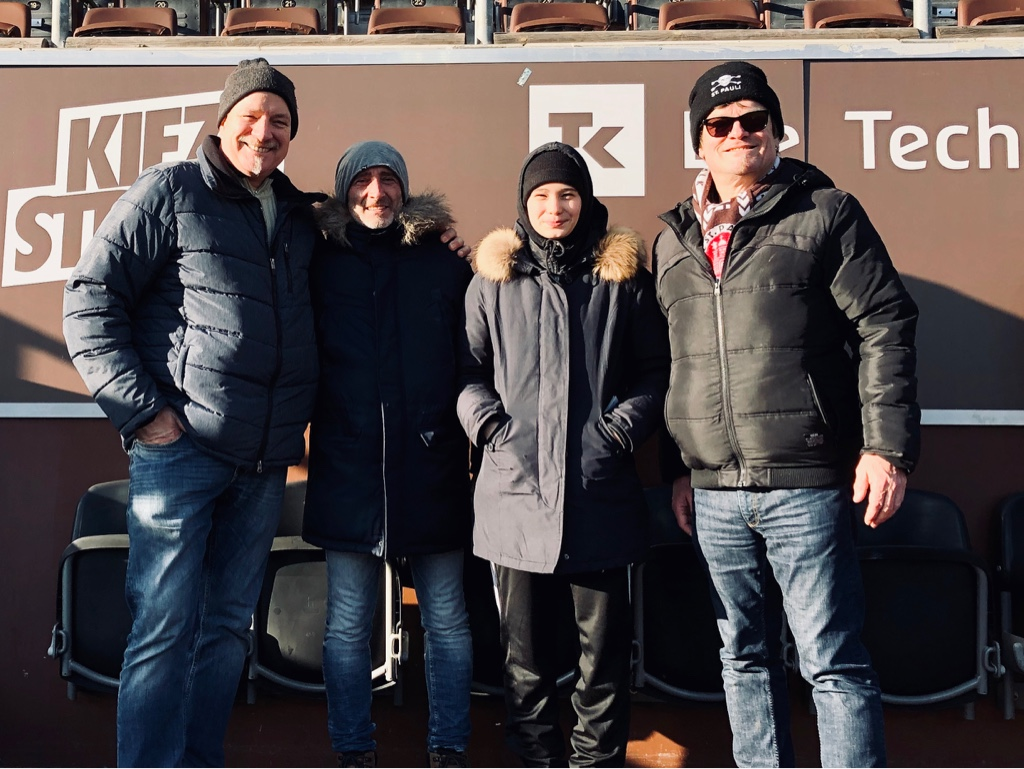 Karlheinz, Eduard, Diana und Michael V.