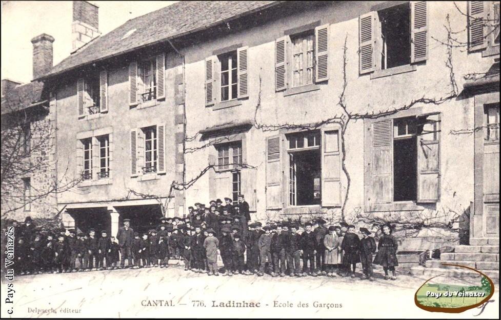 Ecole des garçons de Ladinhac - Ed. Delpuech.