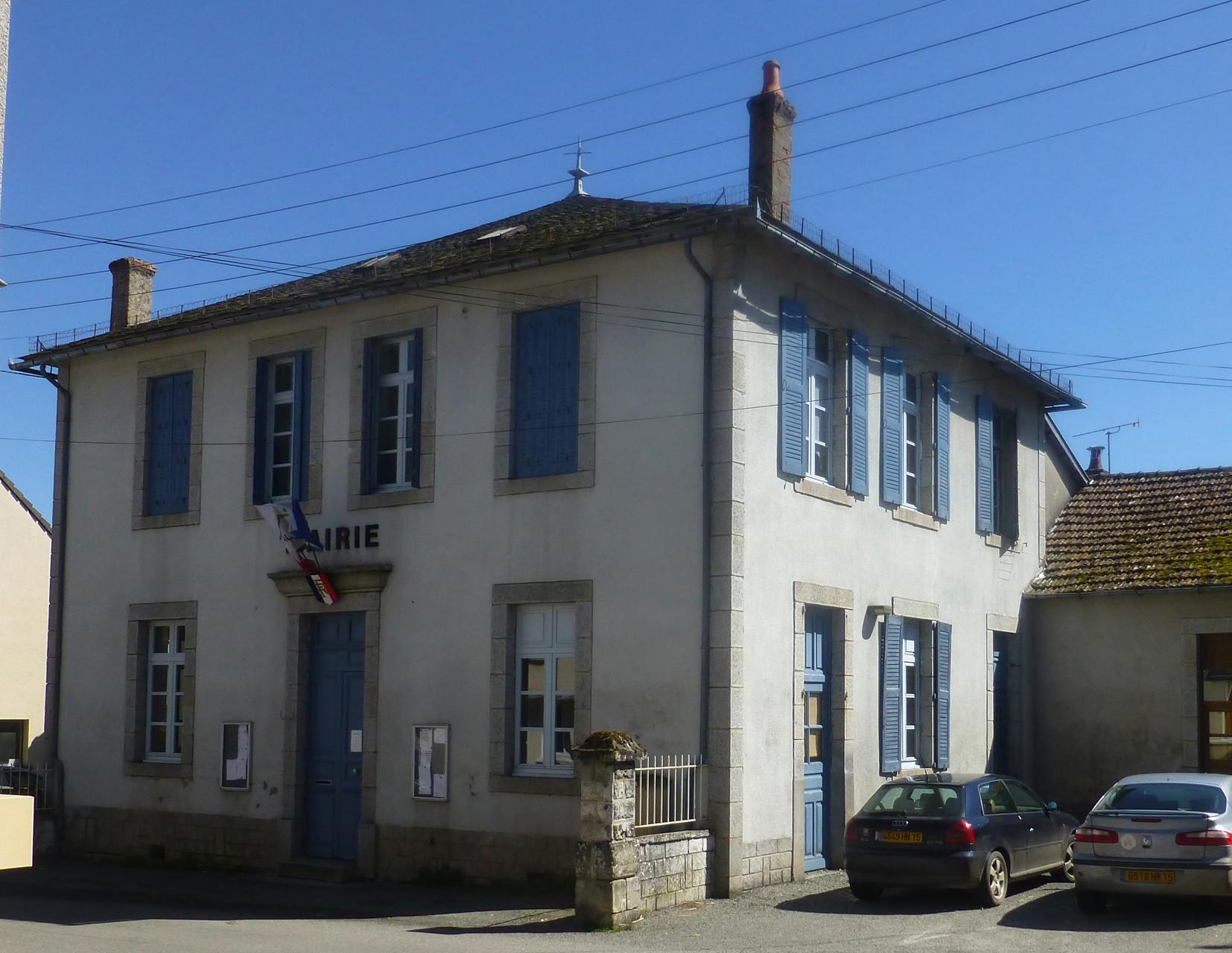Mairie et école de Calvinet