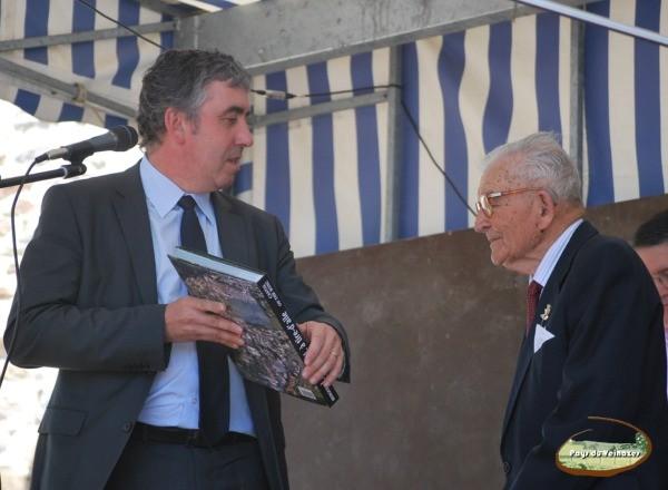... Président du Conseil général du Cantal ...