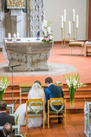 Während der Trauung in der Kirche