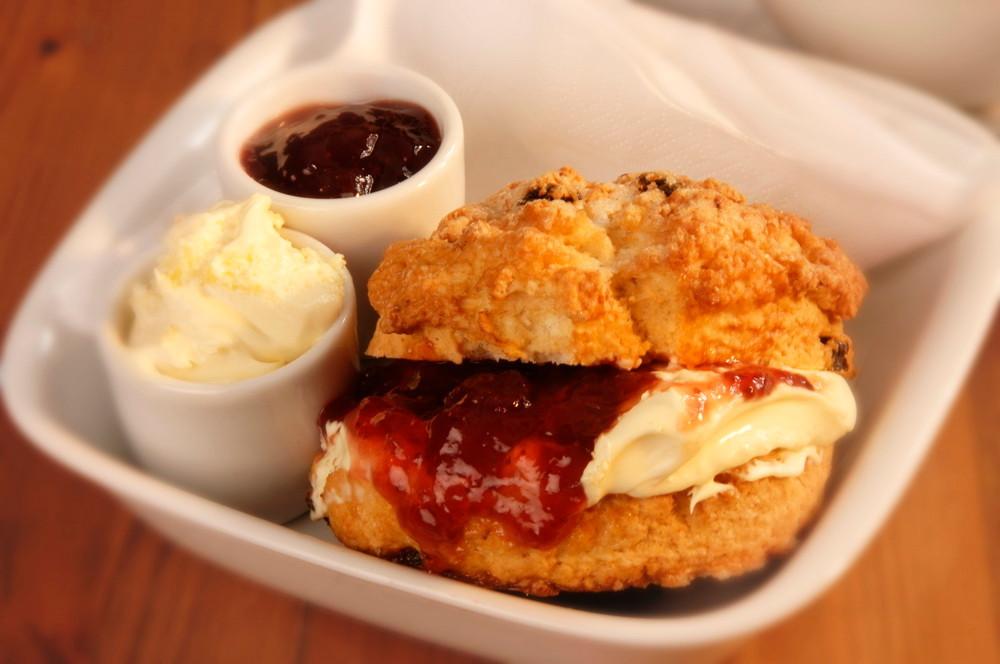 Cream Scone & Jam