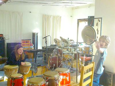 Spiel und Spaß beim Trommelunterricht in der ohr M Musikschule