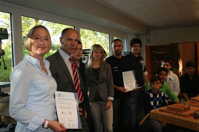 Bildungspartnerschaft zwischen der Beethovenschule und der GFBildungspartnerschaft zwischen der Beethovenschule und der GF