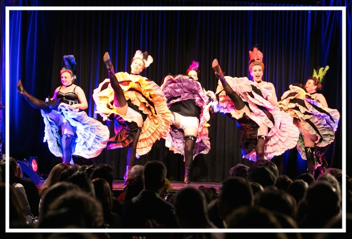 Cancan Show Tänzerinnen aus München buchen: Dixie's Cancan bietet French Cancan Auftritte für Events aller Art, passend zu Moulin Rouge, Frankreich, Paris, Lido, Western, Wild West, Saloon
