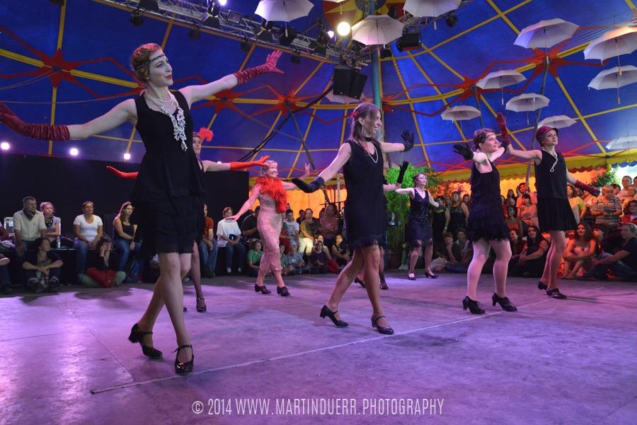 Charleston: Tanzschüler-Show vom Vintage Dance Studio.