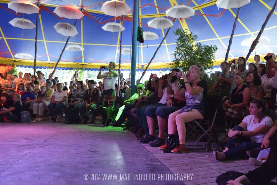 Immer viele Zuschauer: Tanzschüler-Show vom Vintage Dance Studio.
