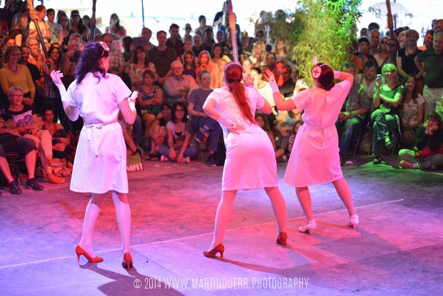 Burlesque-Pinup Dancing: Tanzschüler-Show vom Vintage Dance Studio.